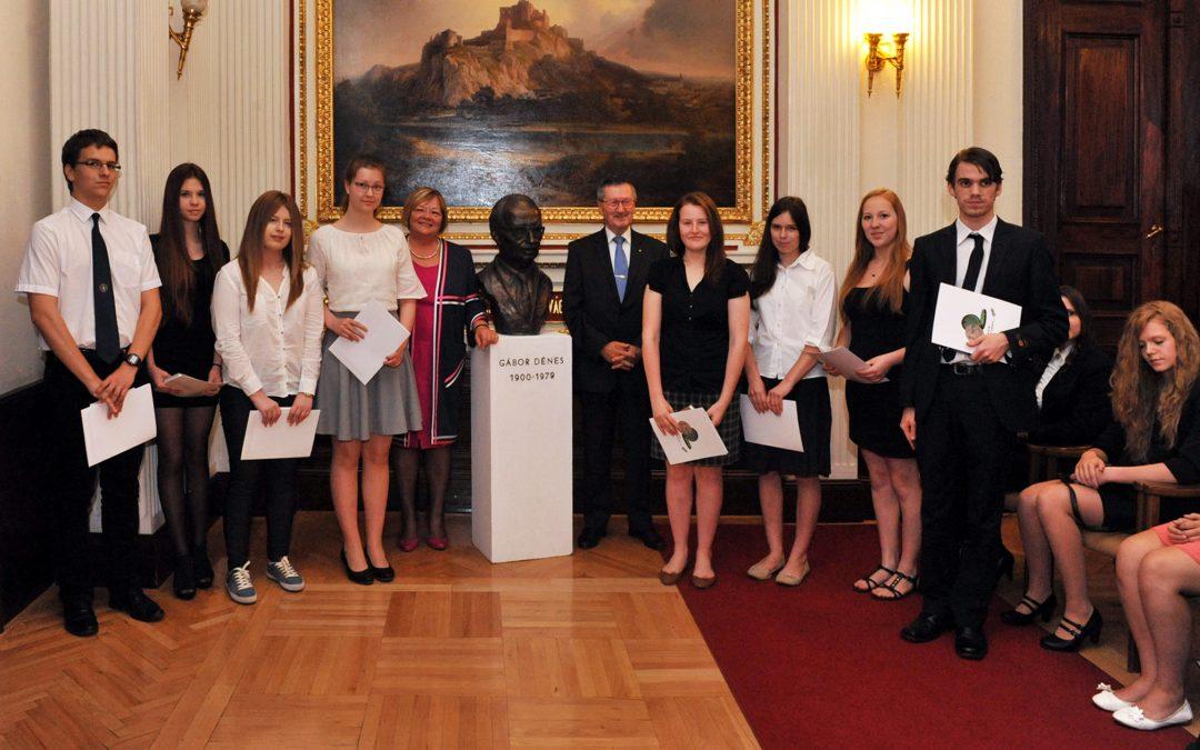 Fiatalok elismerése – 2015