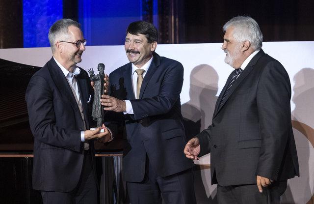 Bolyai díjat kapott Dr. Barabási Albert-László